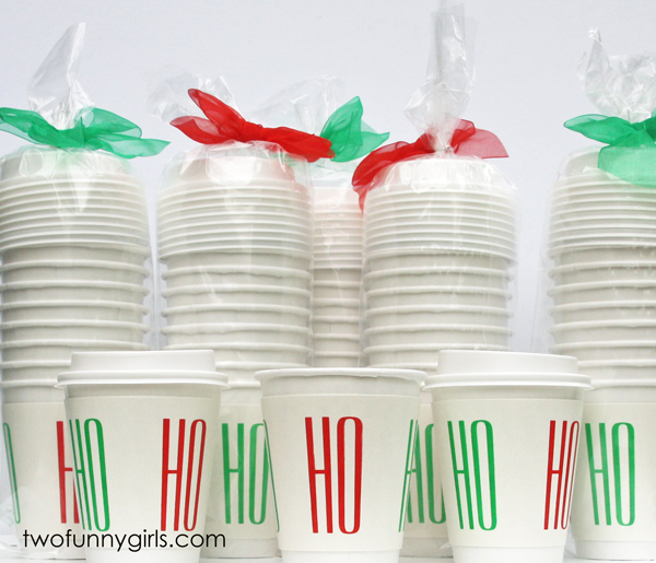 Christmas-Paper-Coffee-Cups-Pack-with-Traveler-Lids-Modern-Font
